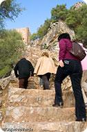 Subida al Castillo de Monfragüe. Monfragüe Rural. Parque Nacional de Monfragüe. Cáceres.